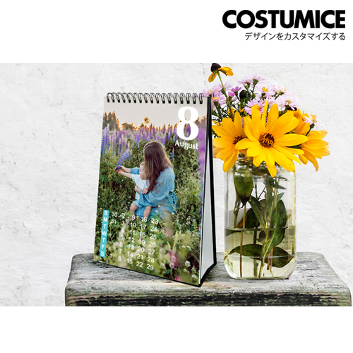 Costumice Design portrait Desktop calendar 1