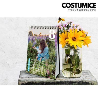 Costumice Design portrait Desktop calendar 1